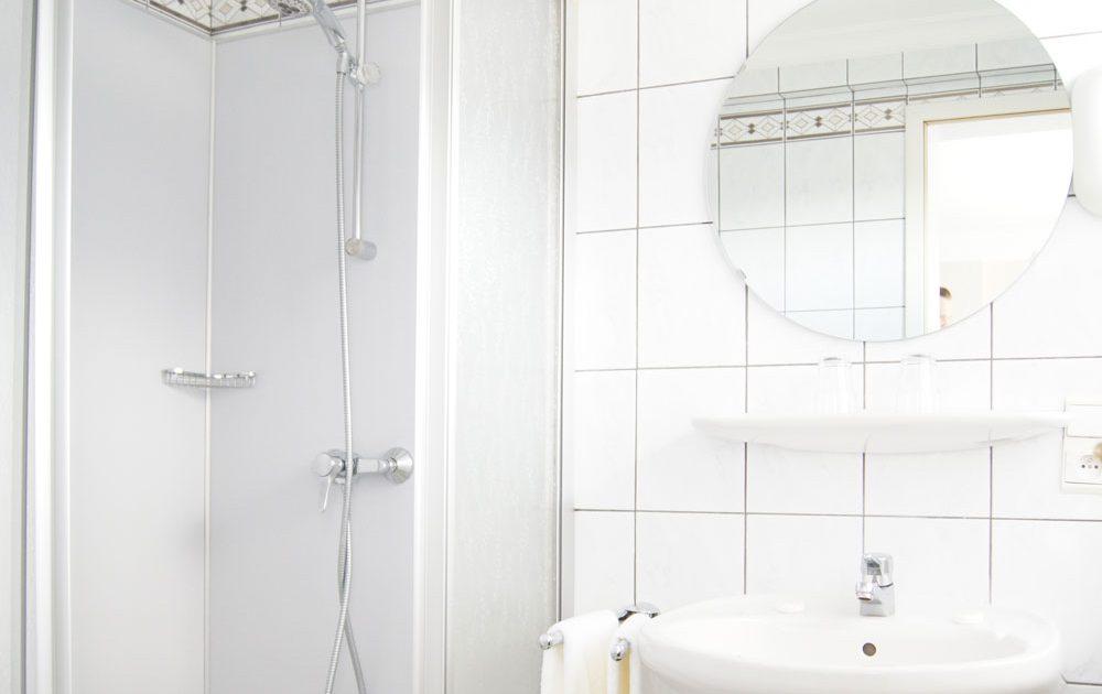 bed-and-breakfast-haus-marquet-badezimmer